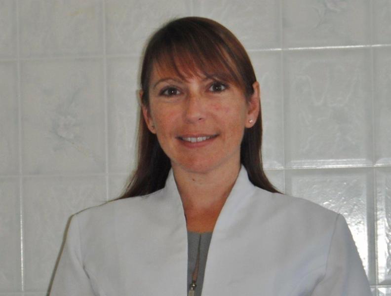 Sylvia Russell denturologiste inc à Pierrefonds
