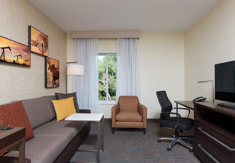 Residence Inn by Marriott Houston Springwoods Village image 2