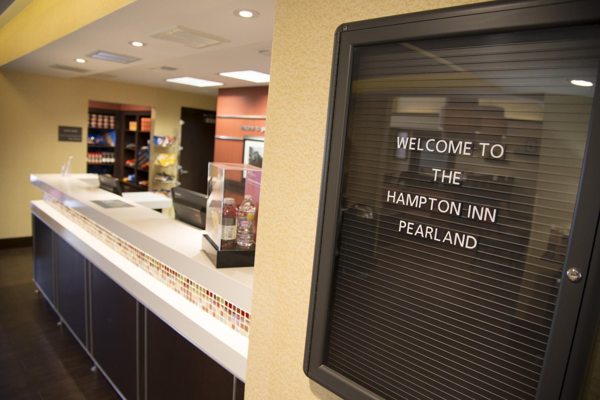 Hampton Inn Houston-Pearland image 9