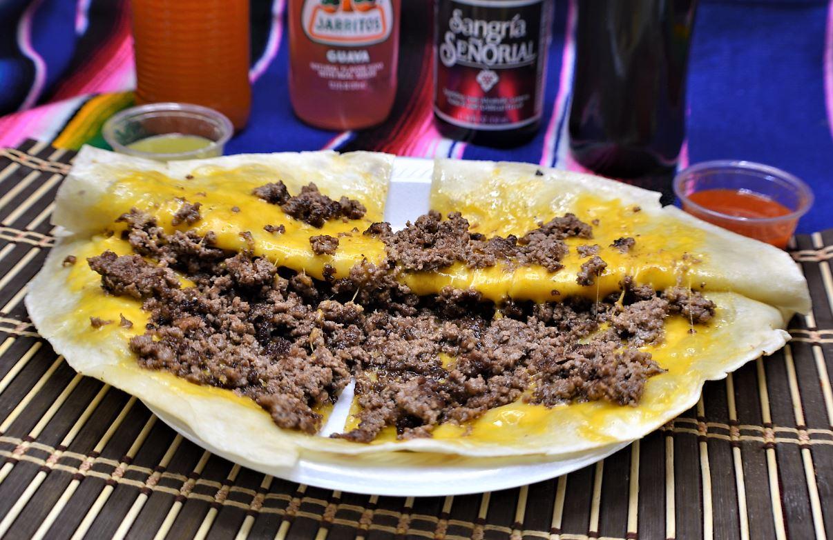 Almanzas Mexican Food image 3