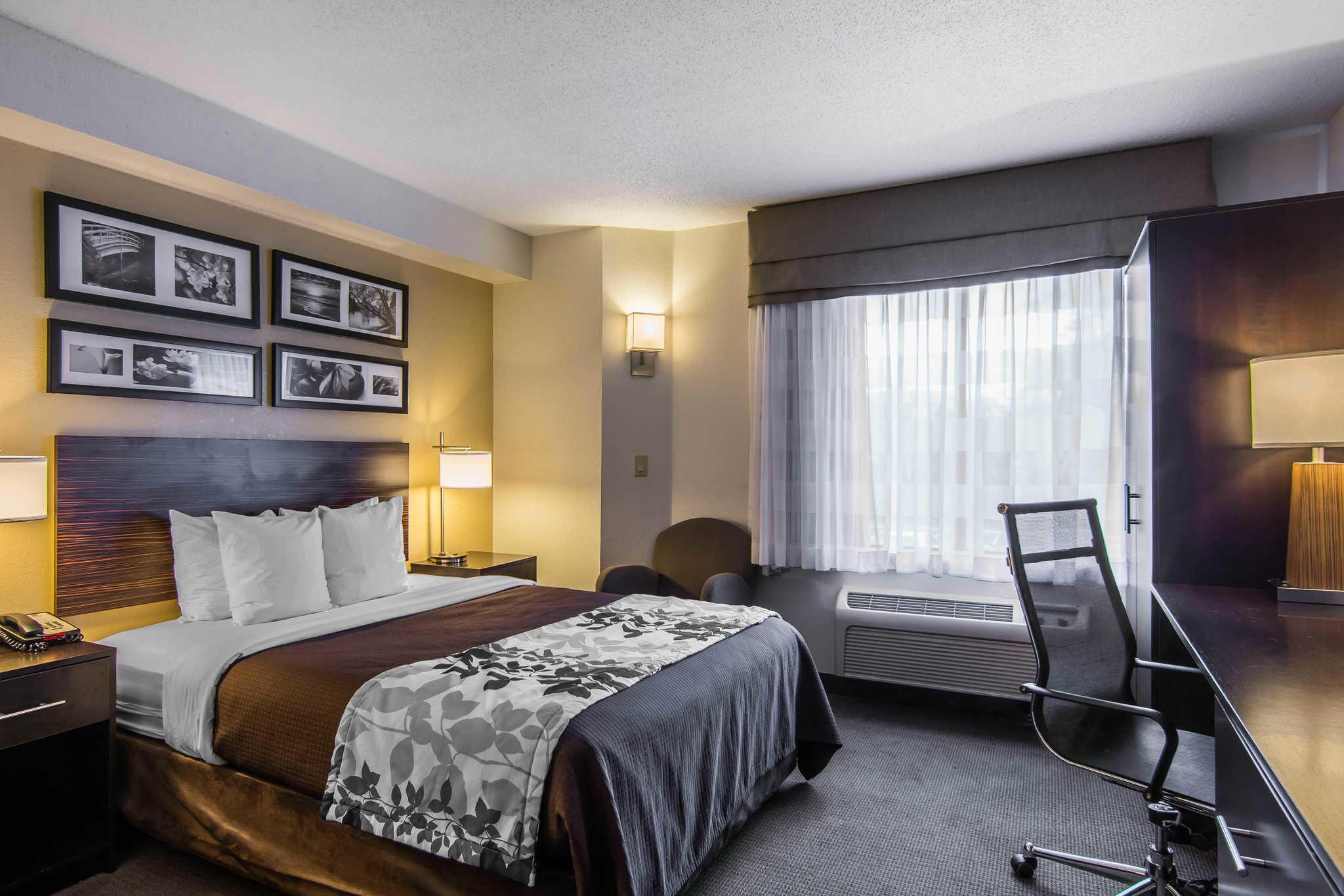 Sleep Inn & Suites Chesapeake - Portsmouth image 0