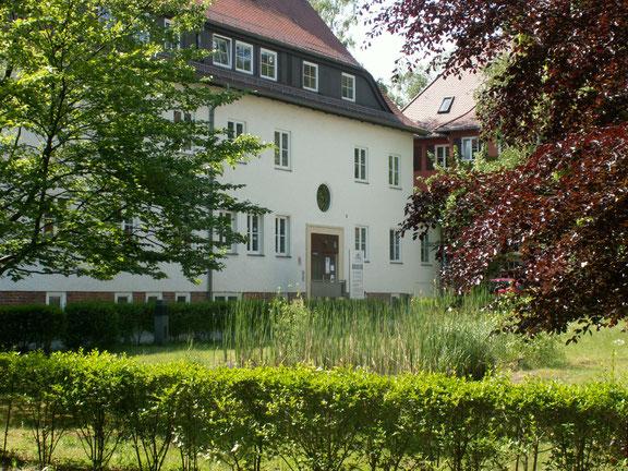 Dr. med. dent. Andi Kison, August-Bebel-Platz 2 in Kleinmachnow