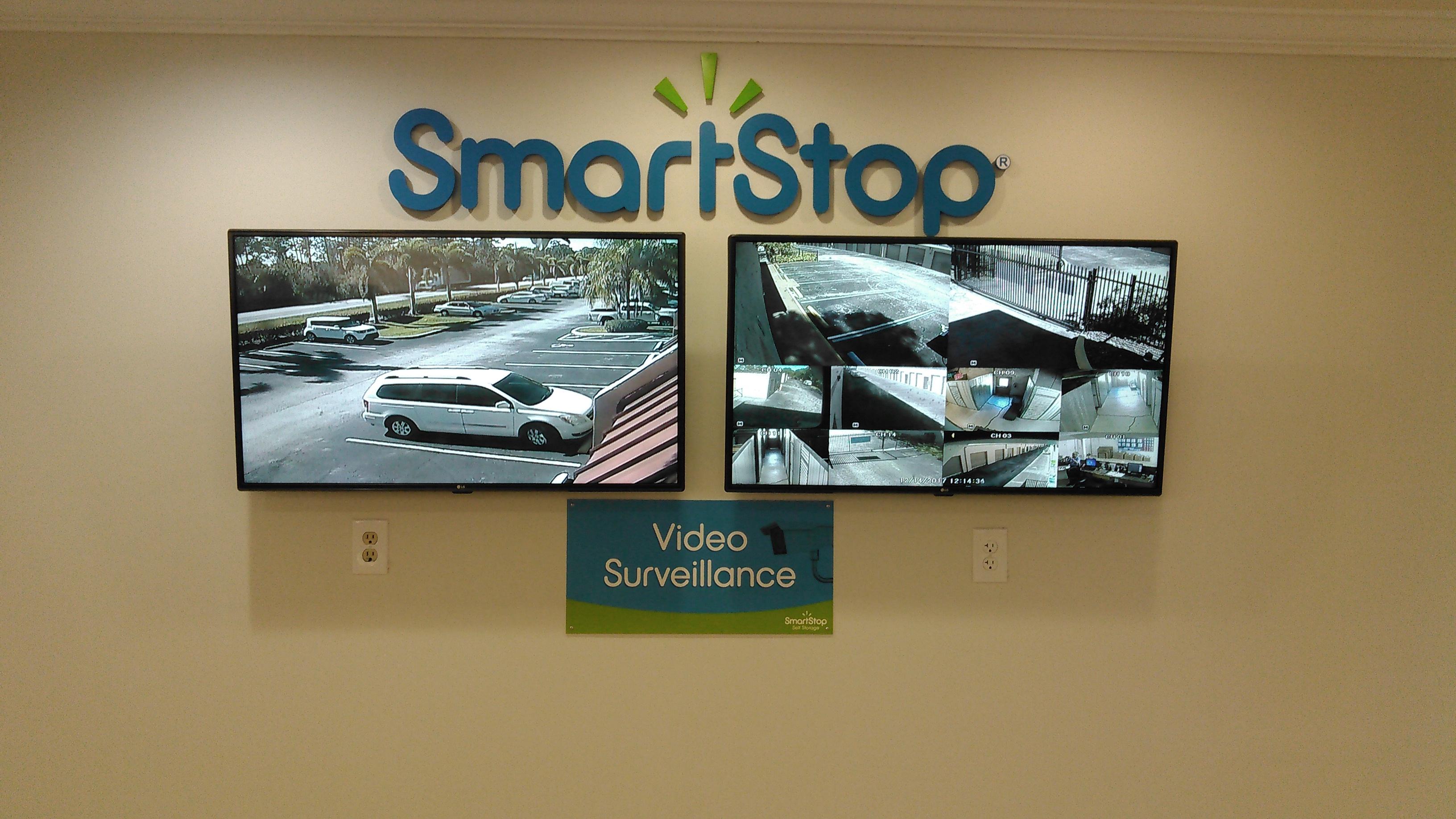 SmartStop Self Storage image 5