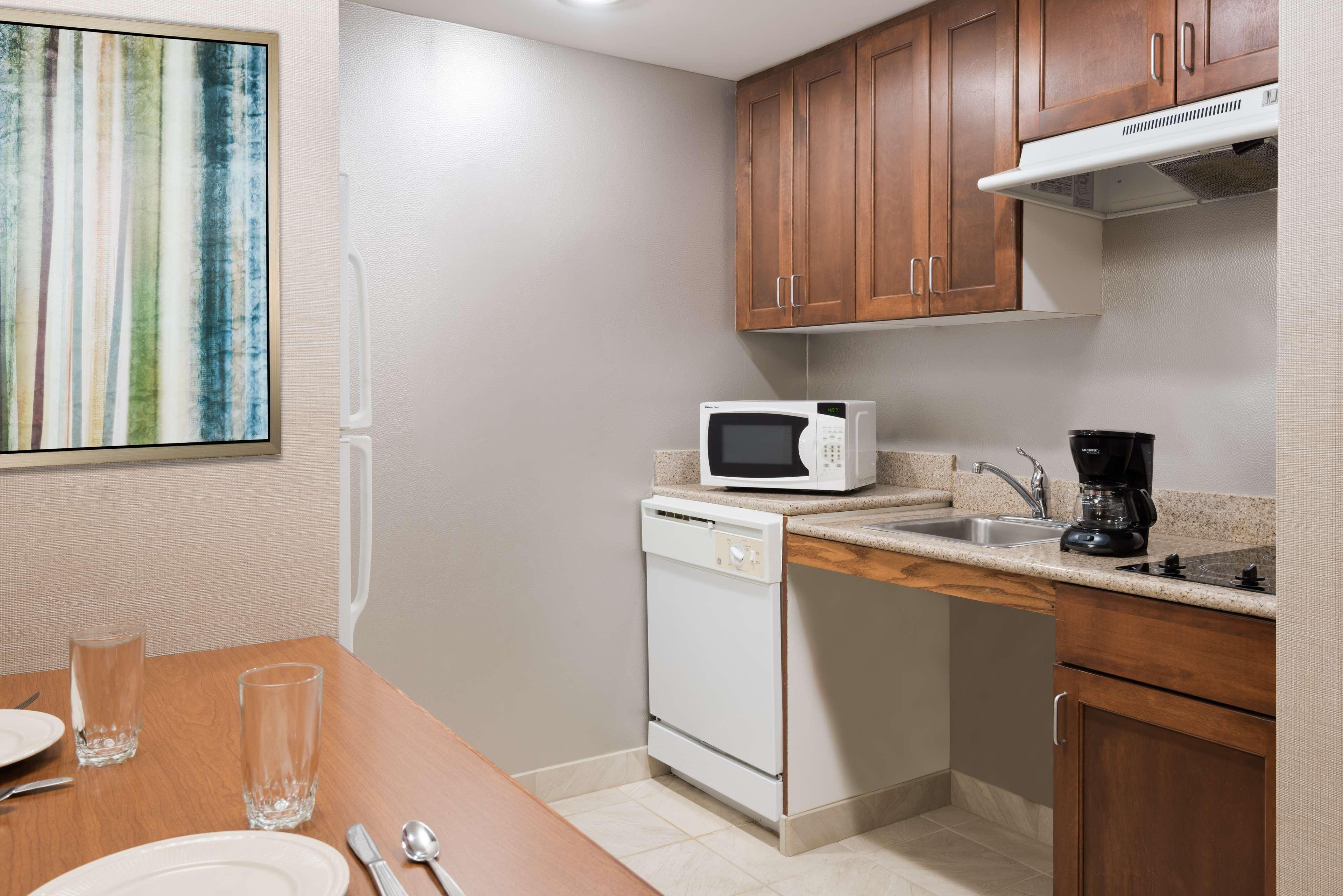 Homewood Suites by Hilton Holyoke-Springfield/North image 17