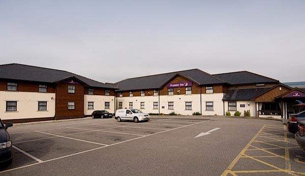 Garden Centre: Premier Inn Newquay A30 Fraddon