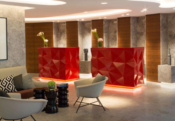 renaissance paris republique hotel. Black Bedroom Furniture Sets. Home Design Ideas