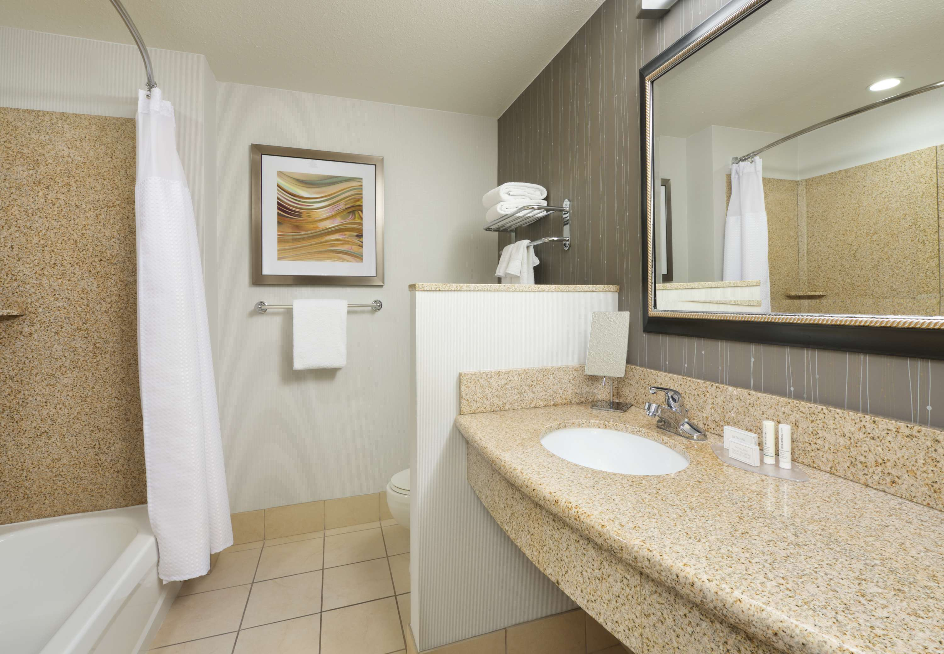 Courtyard by Marriott Grand Junction image 3