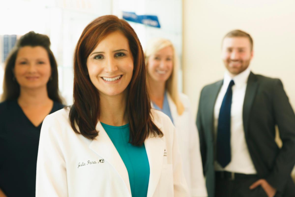Dr. Julie Pena image 5