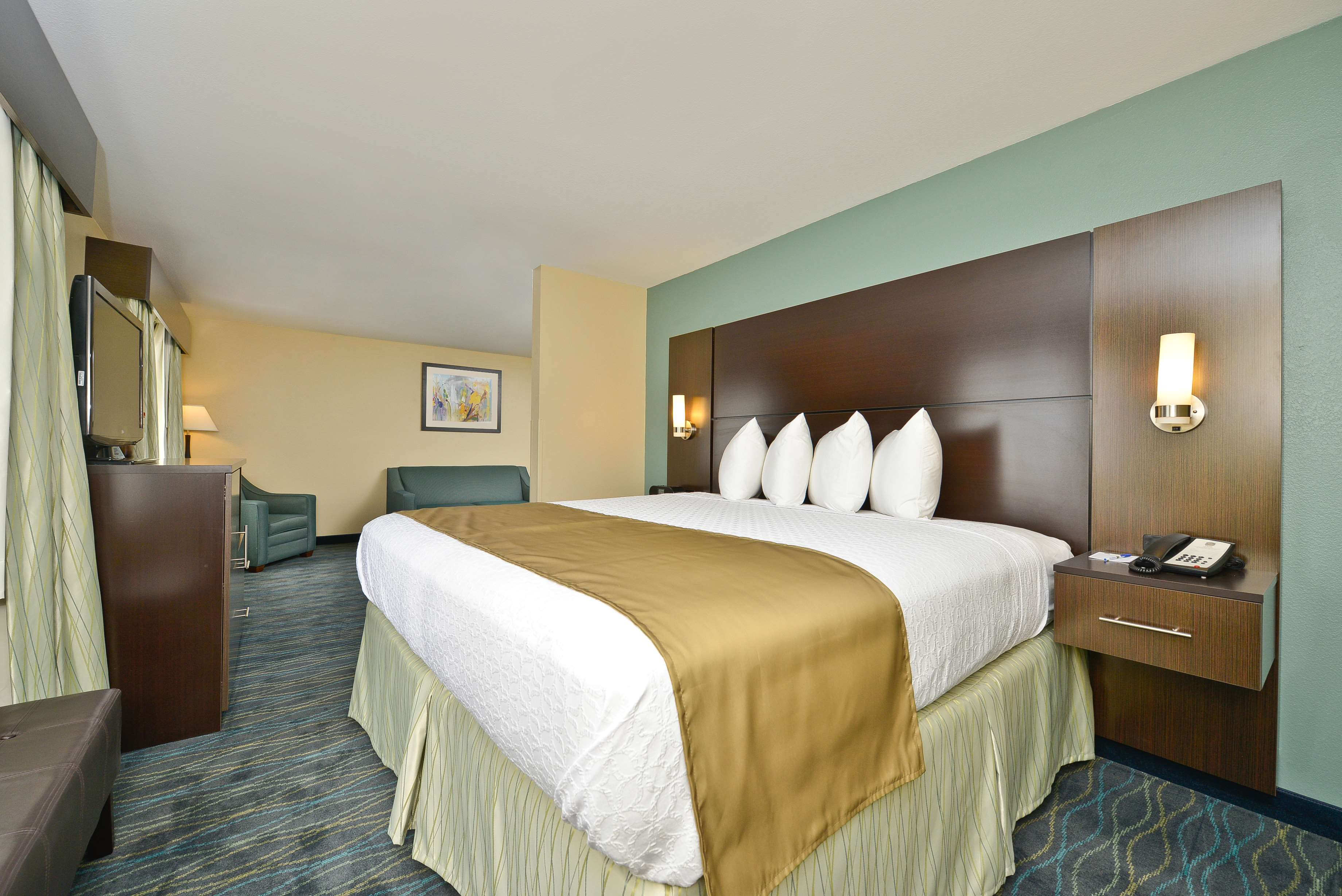 Best Western Plus University Inn image 17