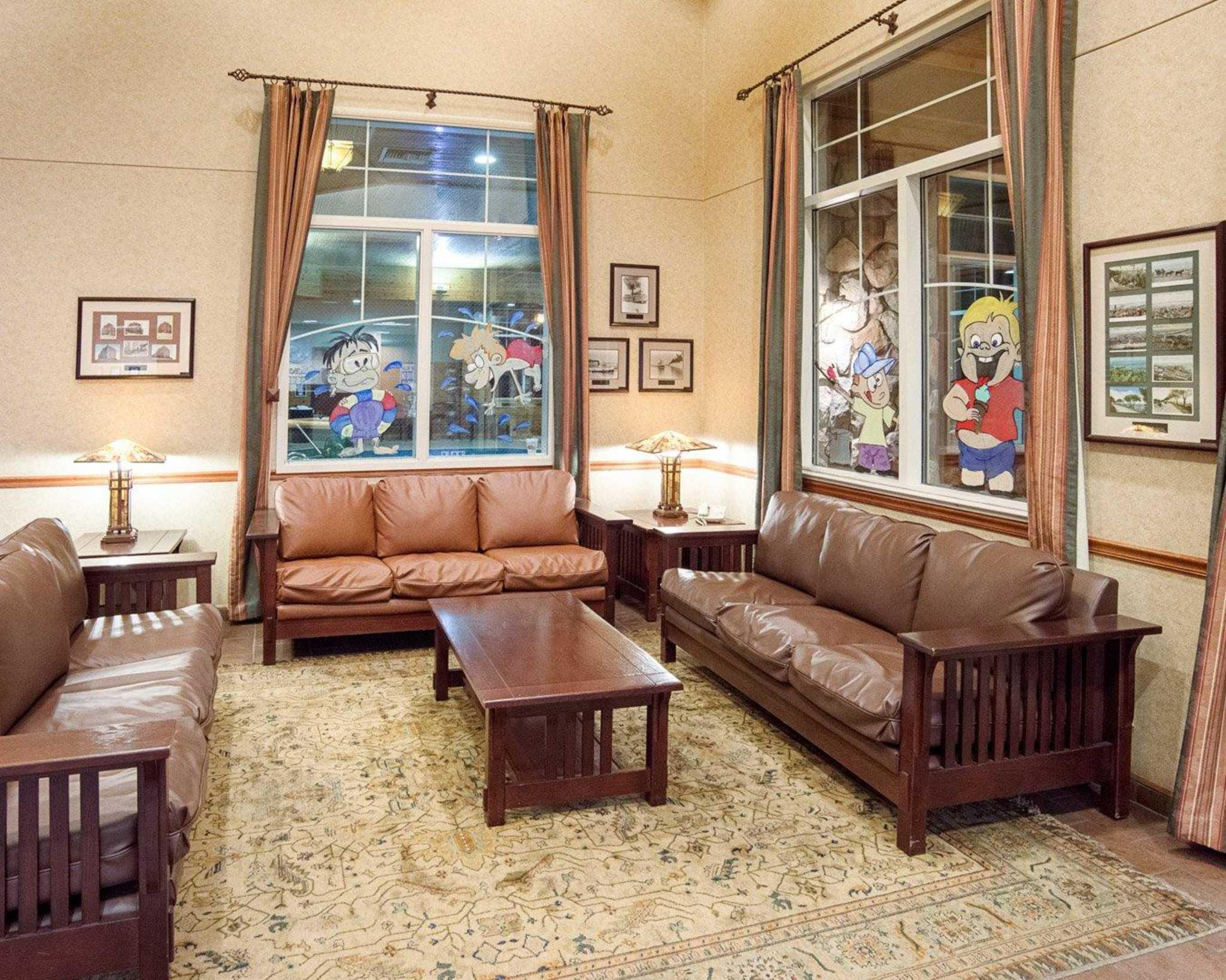 Comfort Suites Canal Park image 21