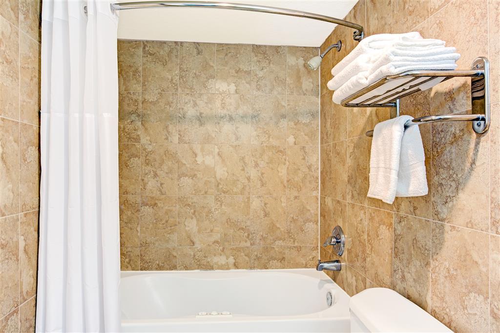 Baymont Inn & Suites Kissimmee image 13