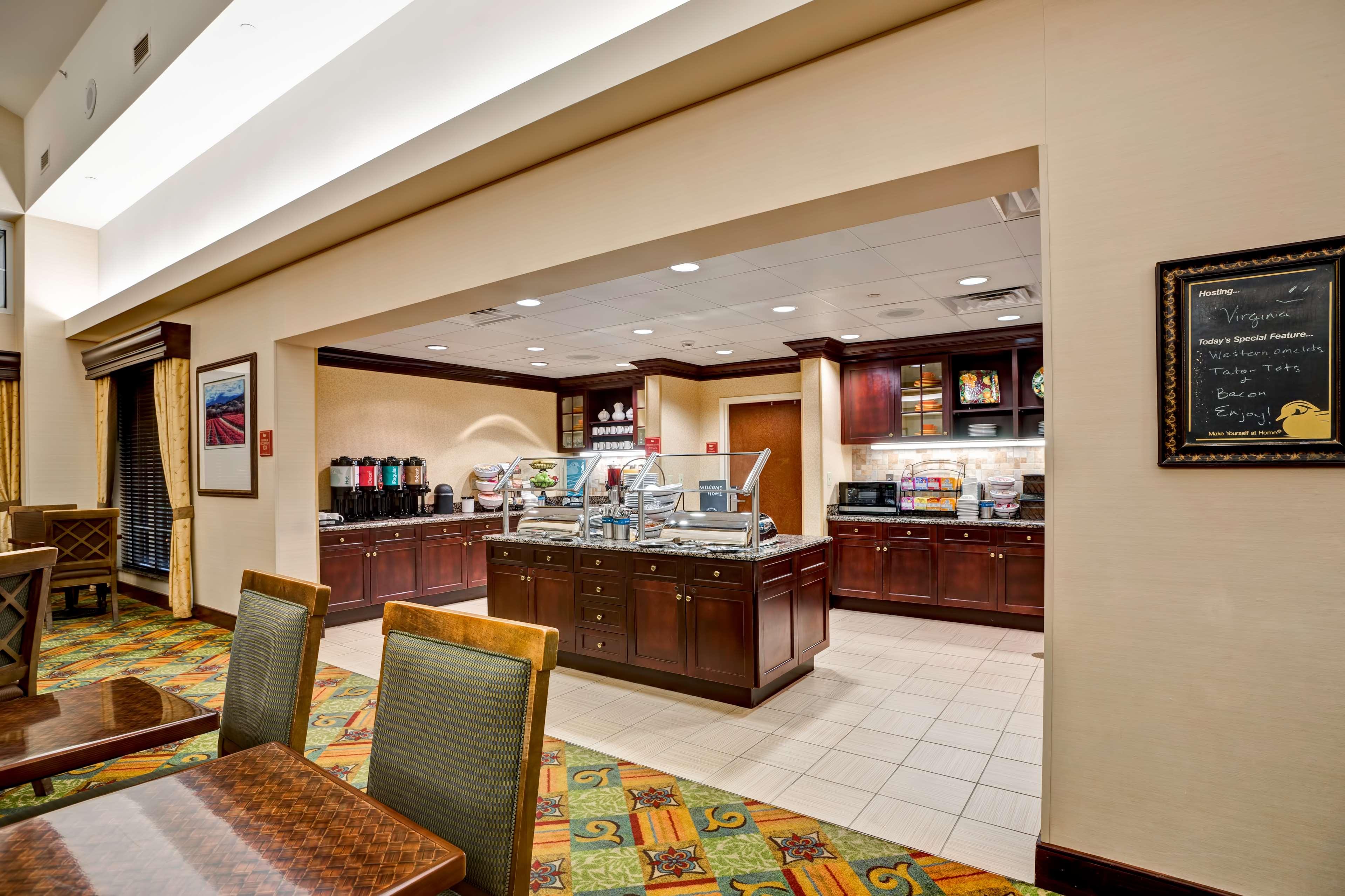 Homewood Suites by Hilton Fredericksburg image 10