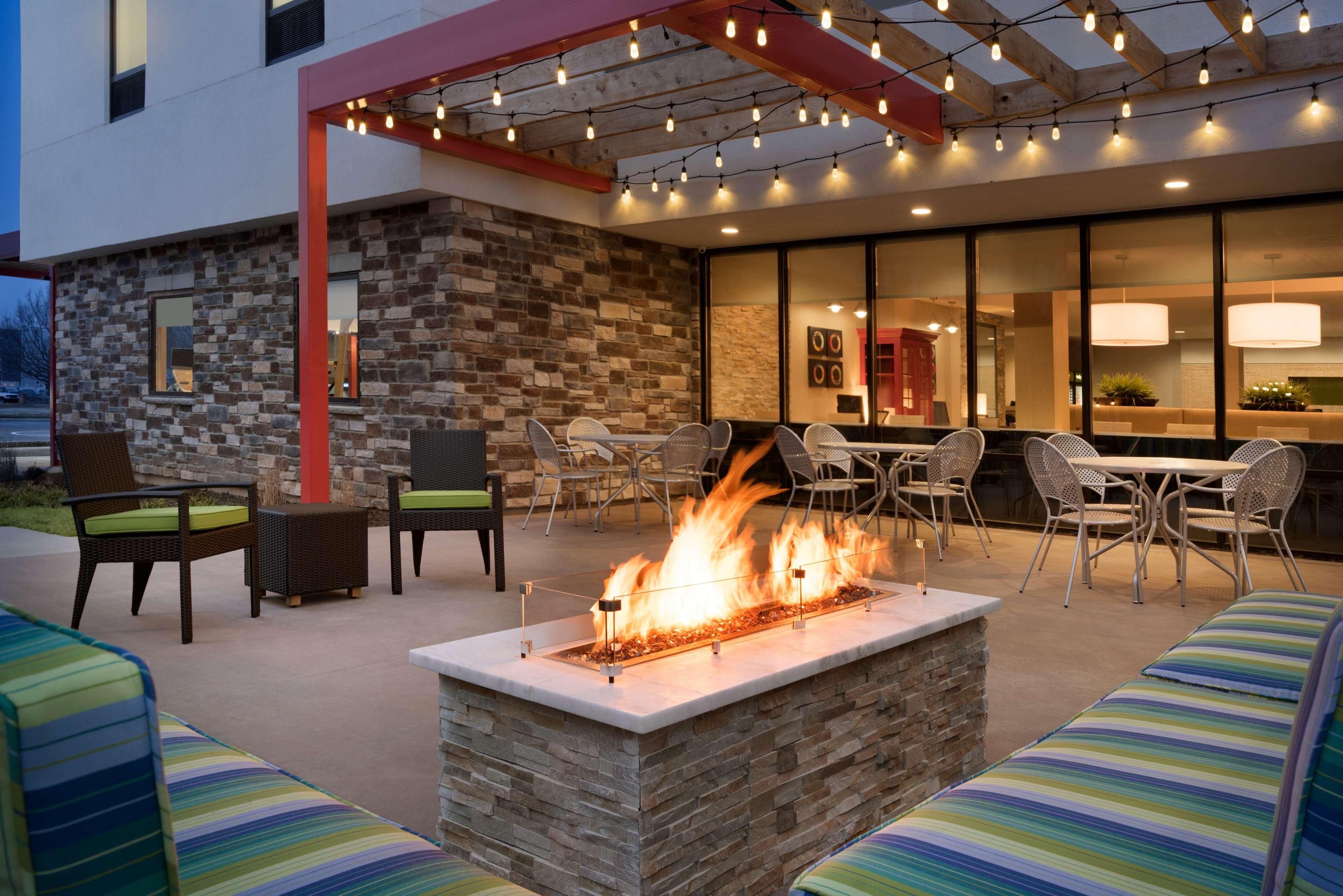 Home2 Suites by Hilton Leavenworth Downtown image 1