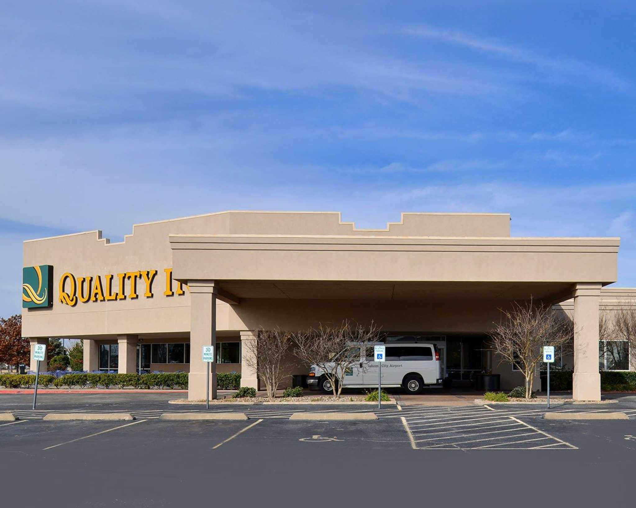 Quality Inn Oklahoma City Airport image 21