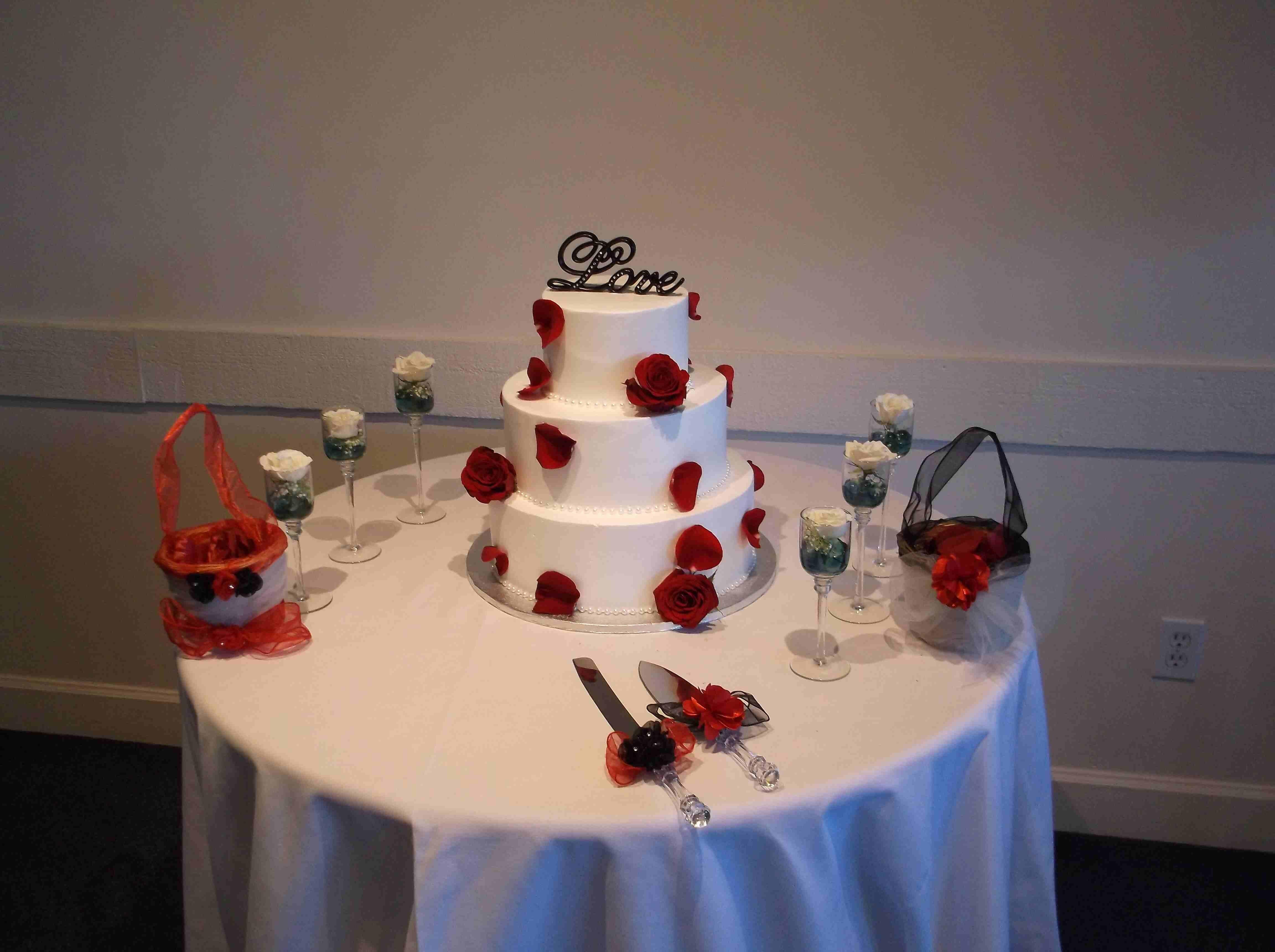 Chez Shari Banquet Facility image 24
