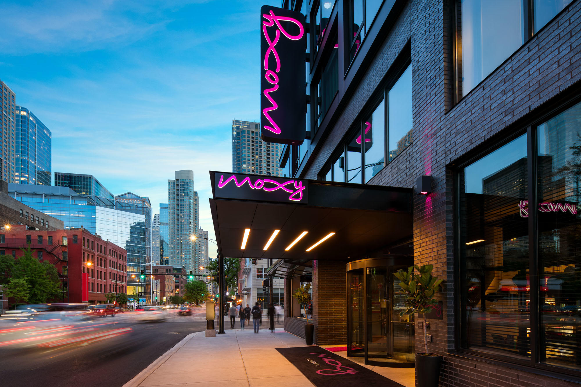 MOXY Chicago Downtown image 1