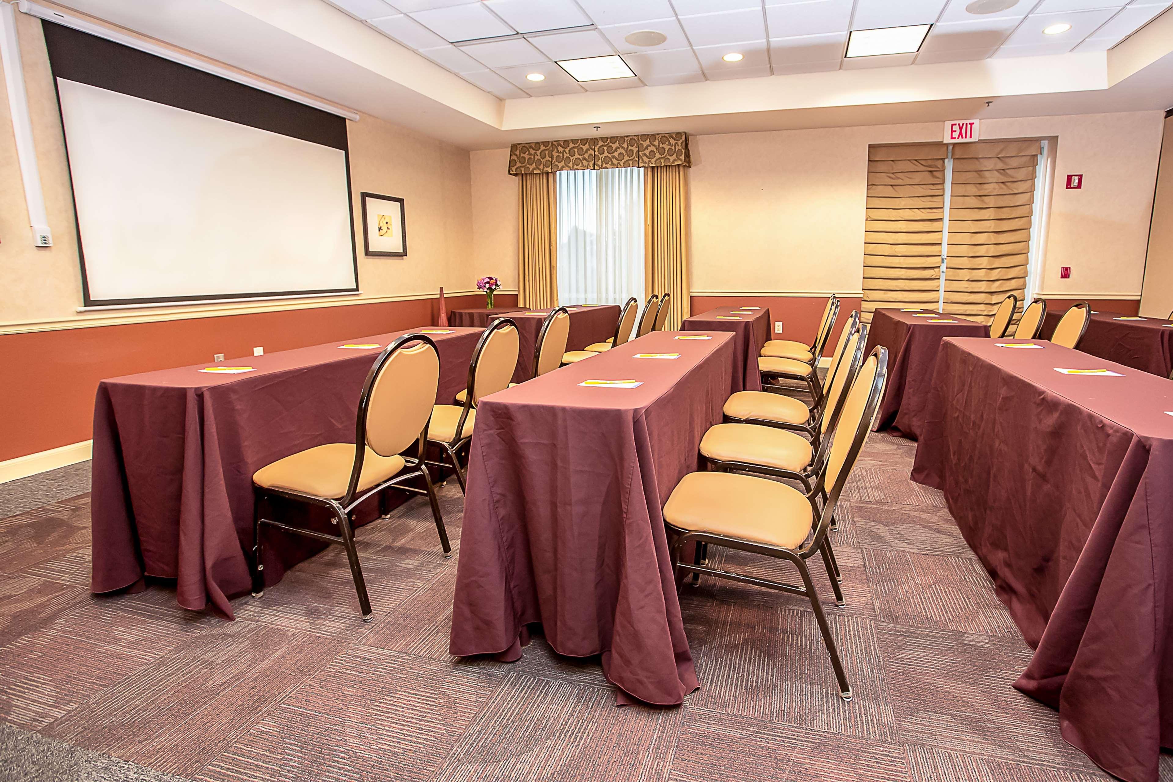 Hilton Garden Inn Appleton/Kimberly image 18