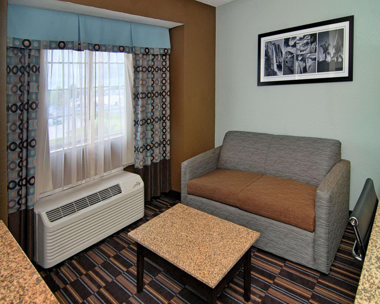 Best Western Plus Elizabeth City Inn & Suites image 31