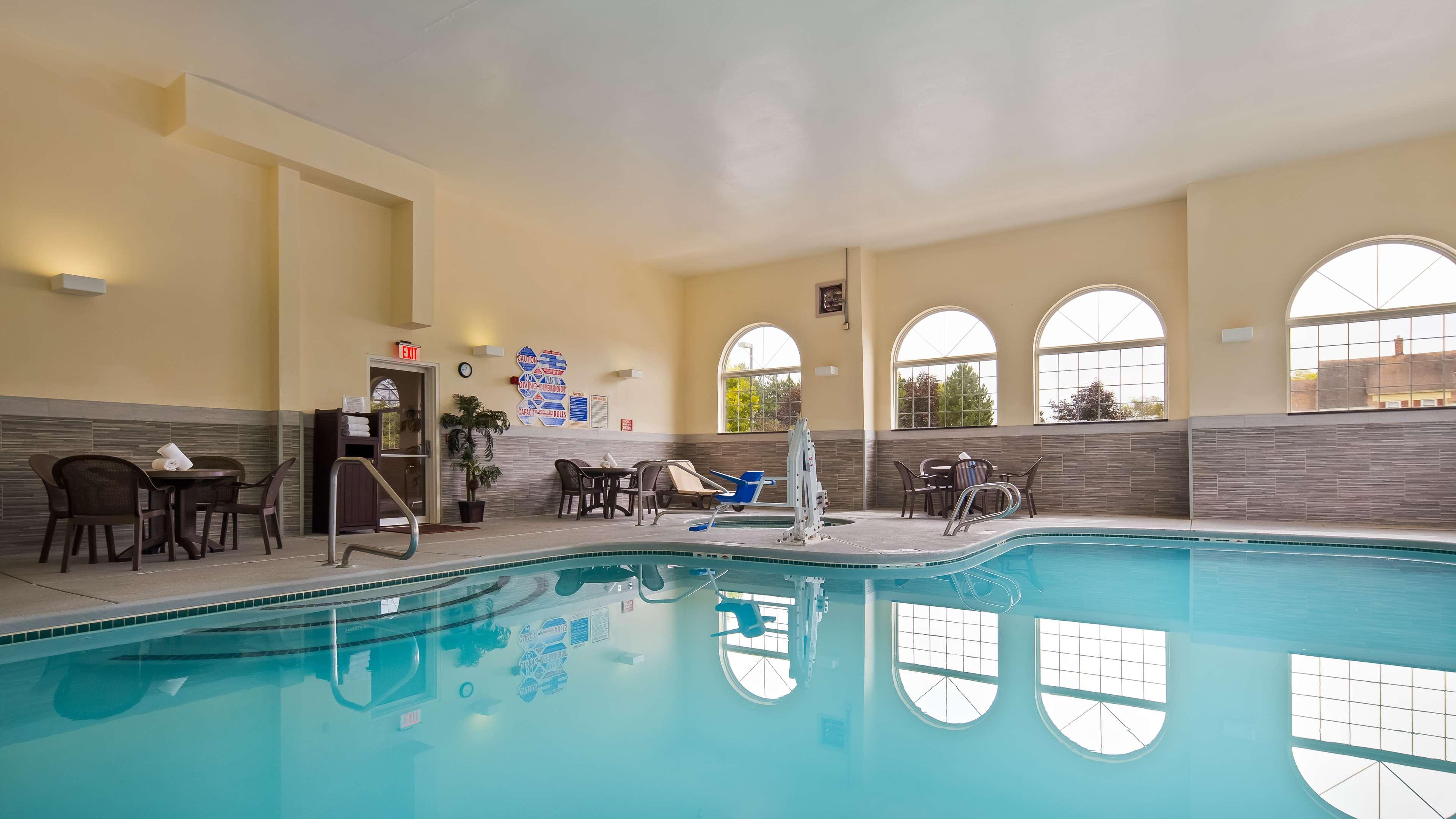 Best Western Concord Inn & Suites image 8