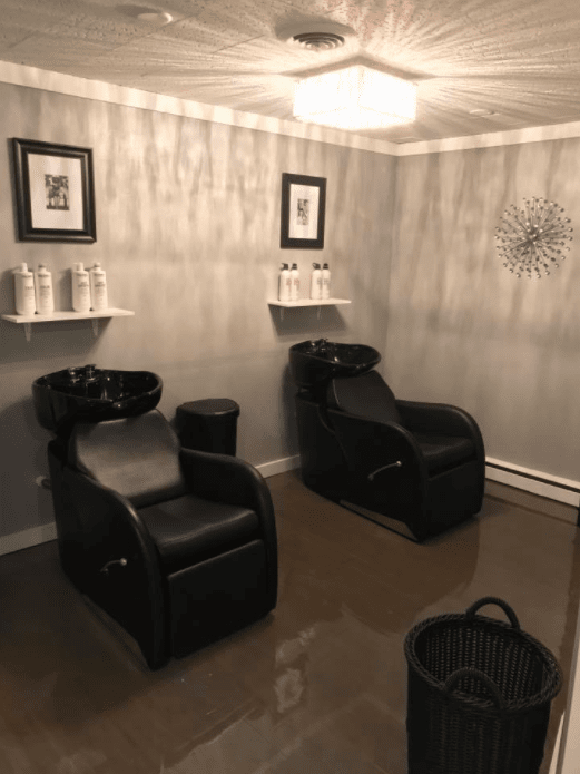 Sincere Salon and Lounge image 8