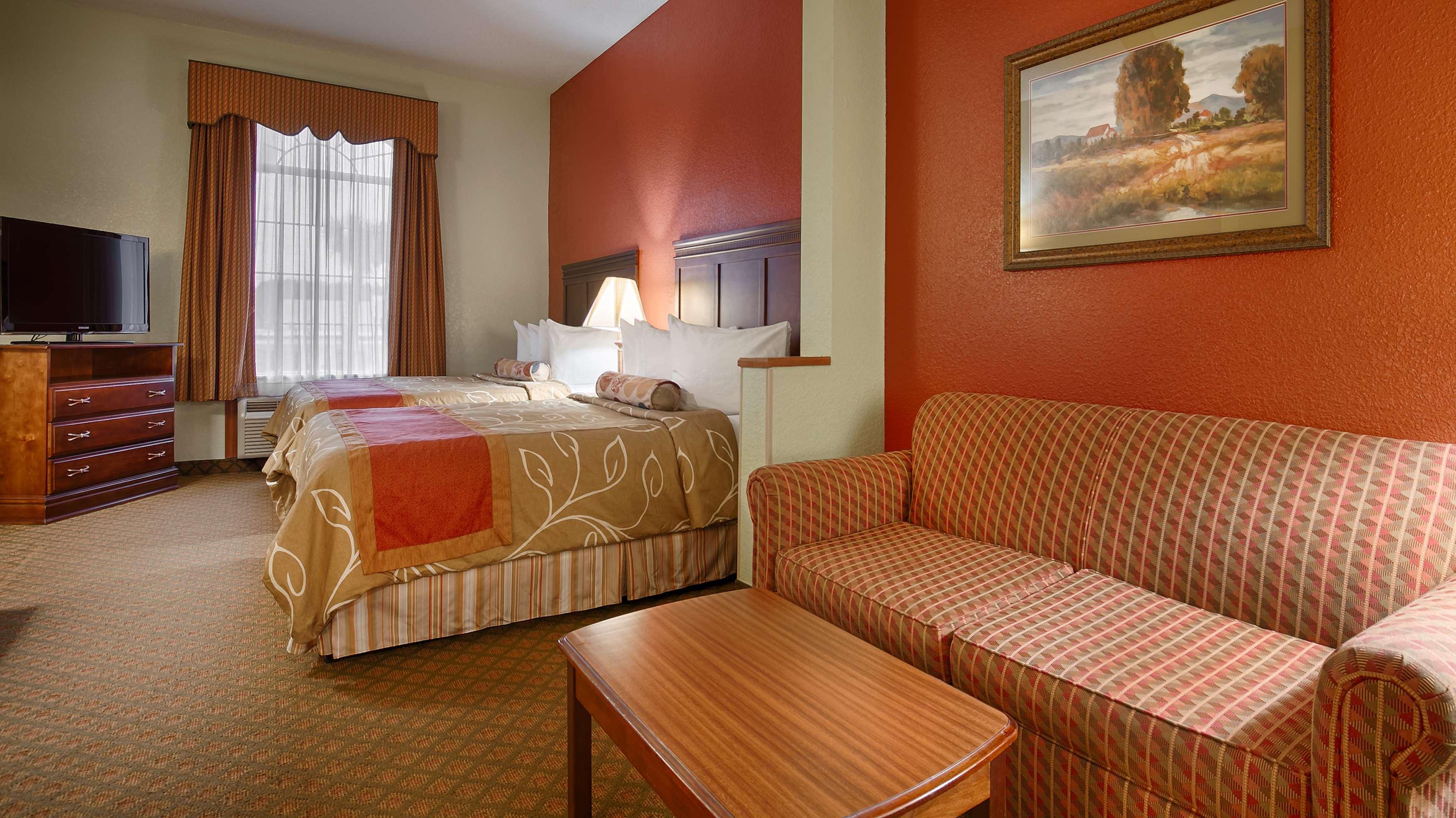 Best Western Plus Bradbury Inn & Suites image 10