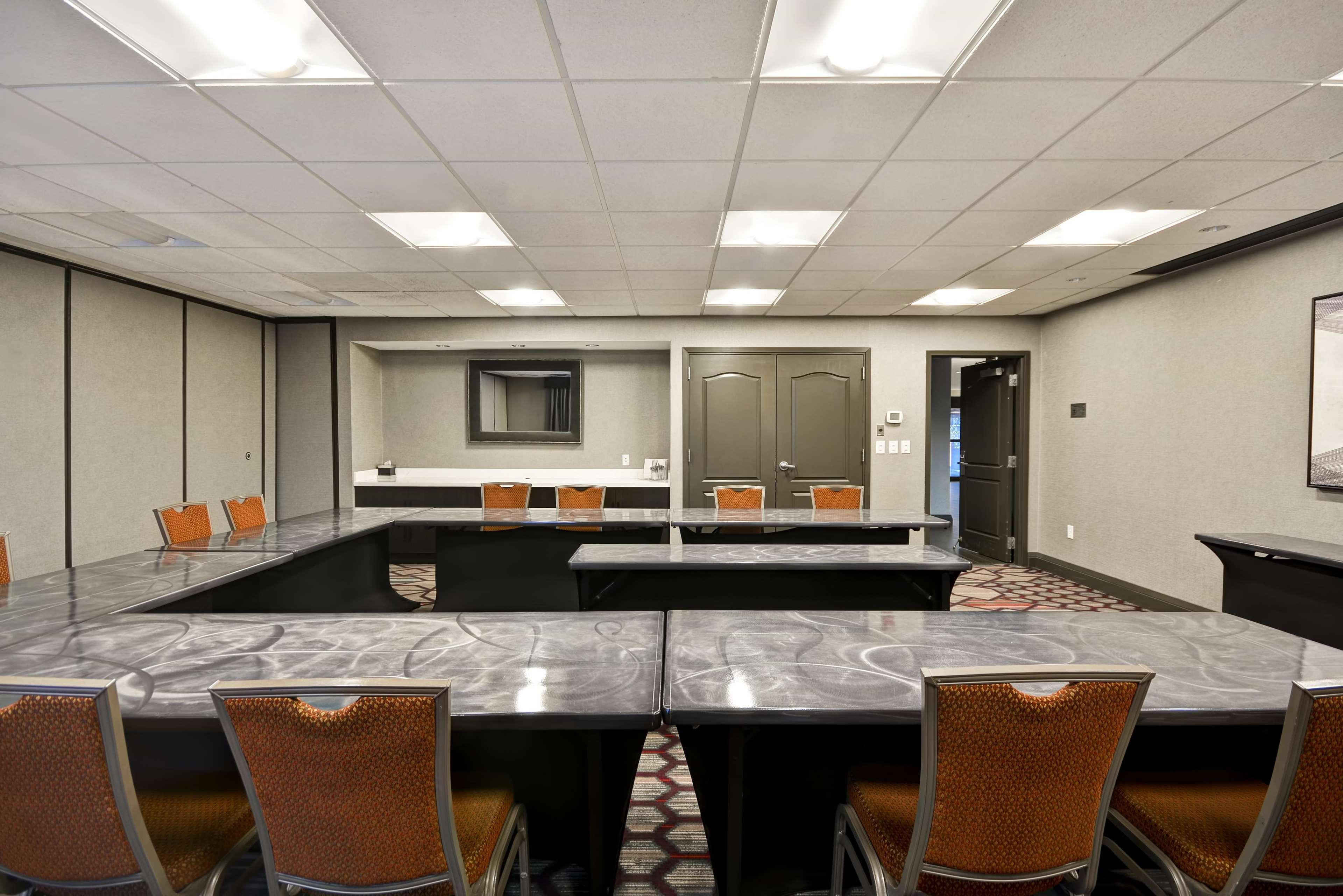 Hampton Inn & Suites Columbus-Easton Area image 59