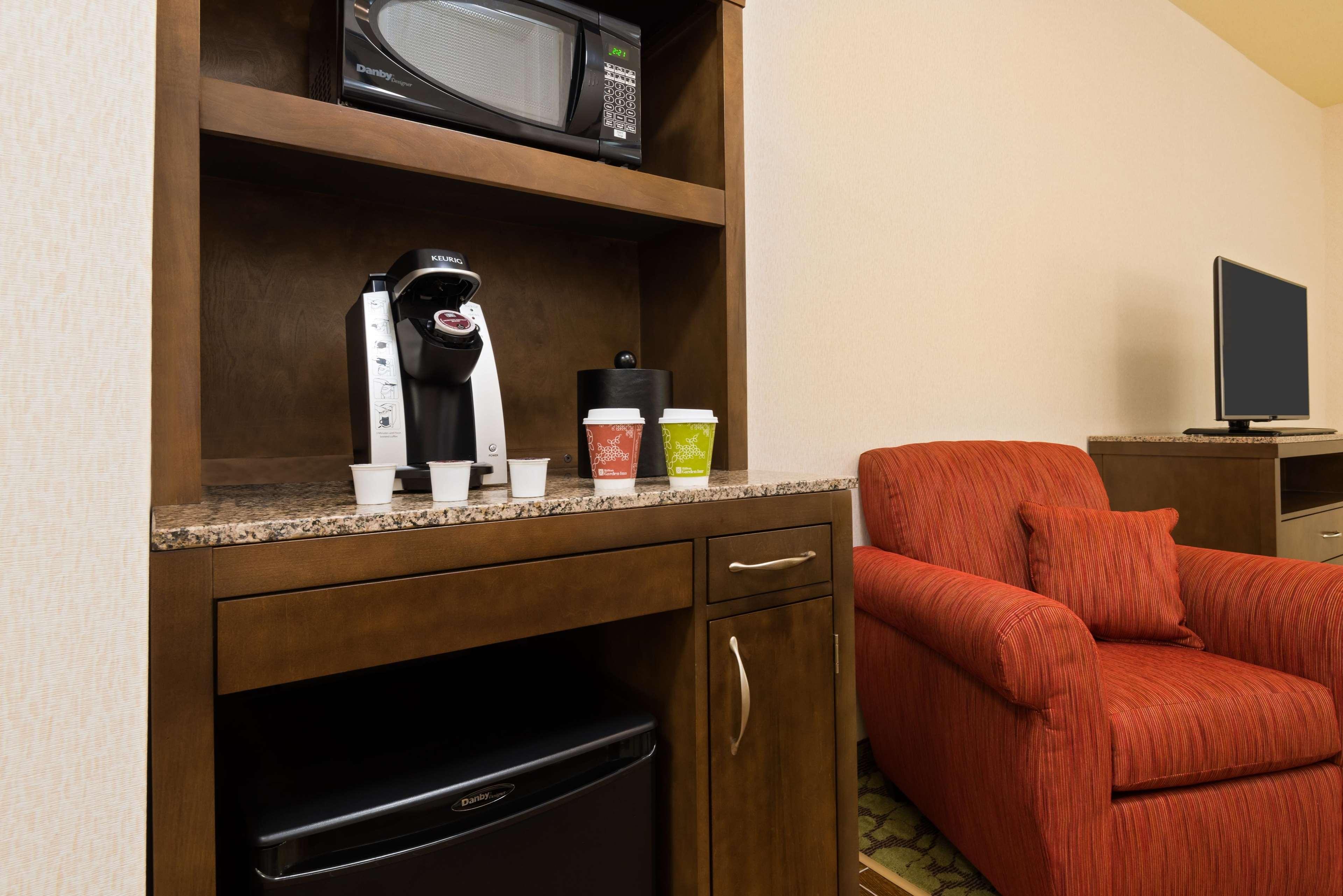 hilton garden inn wayne 15 nevins road wayne nj hotels motels mapquest - Hilton Garden Inn Wayne Nj