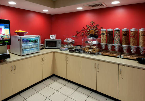 TownePlace Suites by Marriott Jacksonville image 7