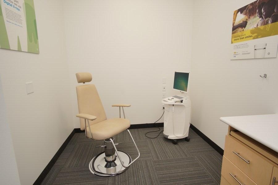 Gladstone Smiles Dentistry image 12