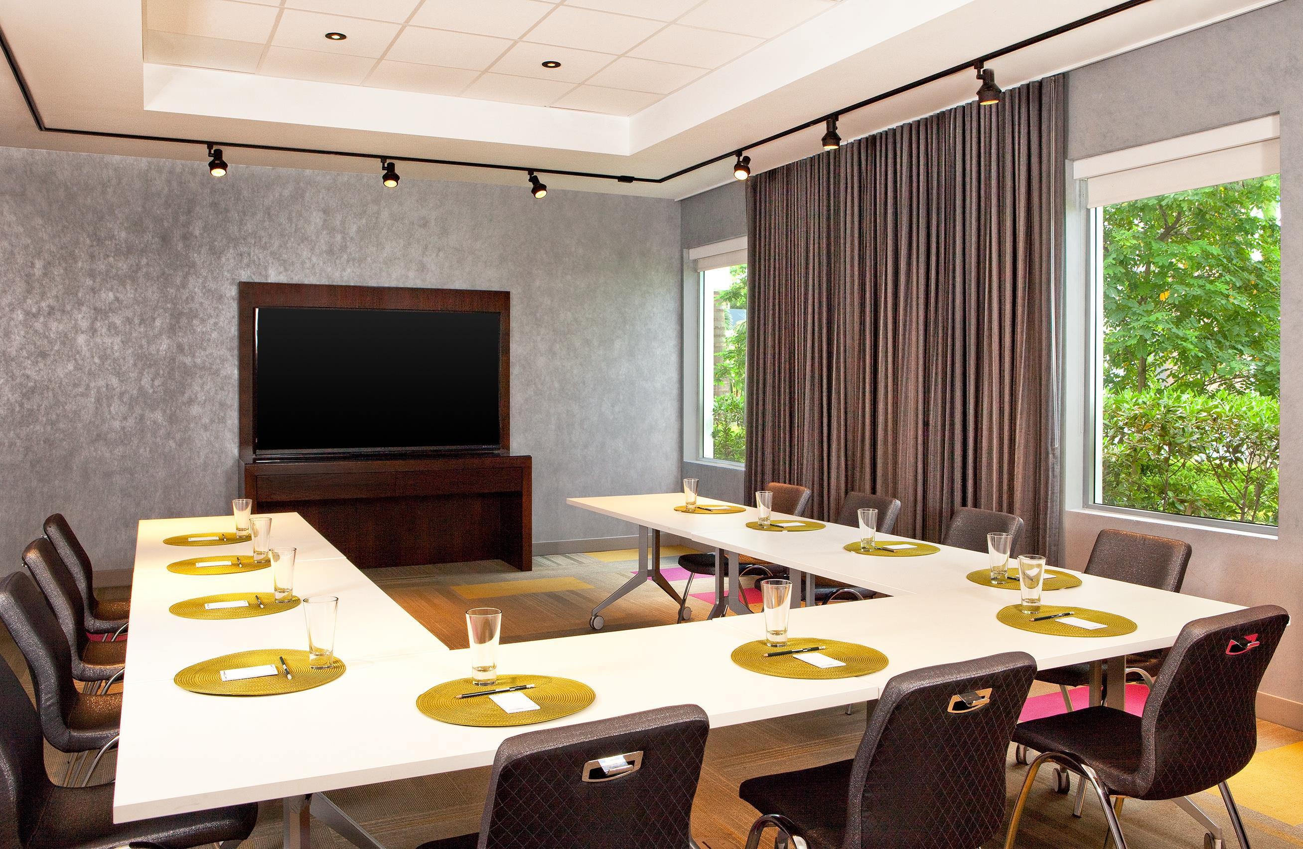 Dining Room Supervisor Jobs Employment  Indeedcom
