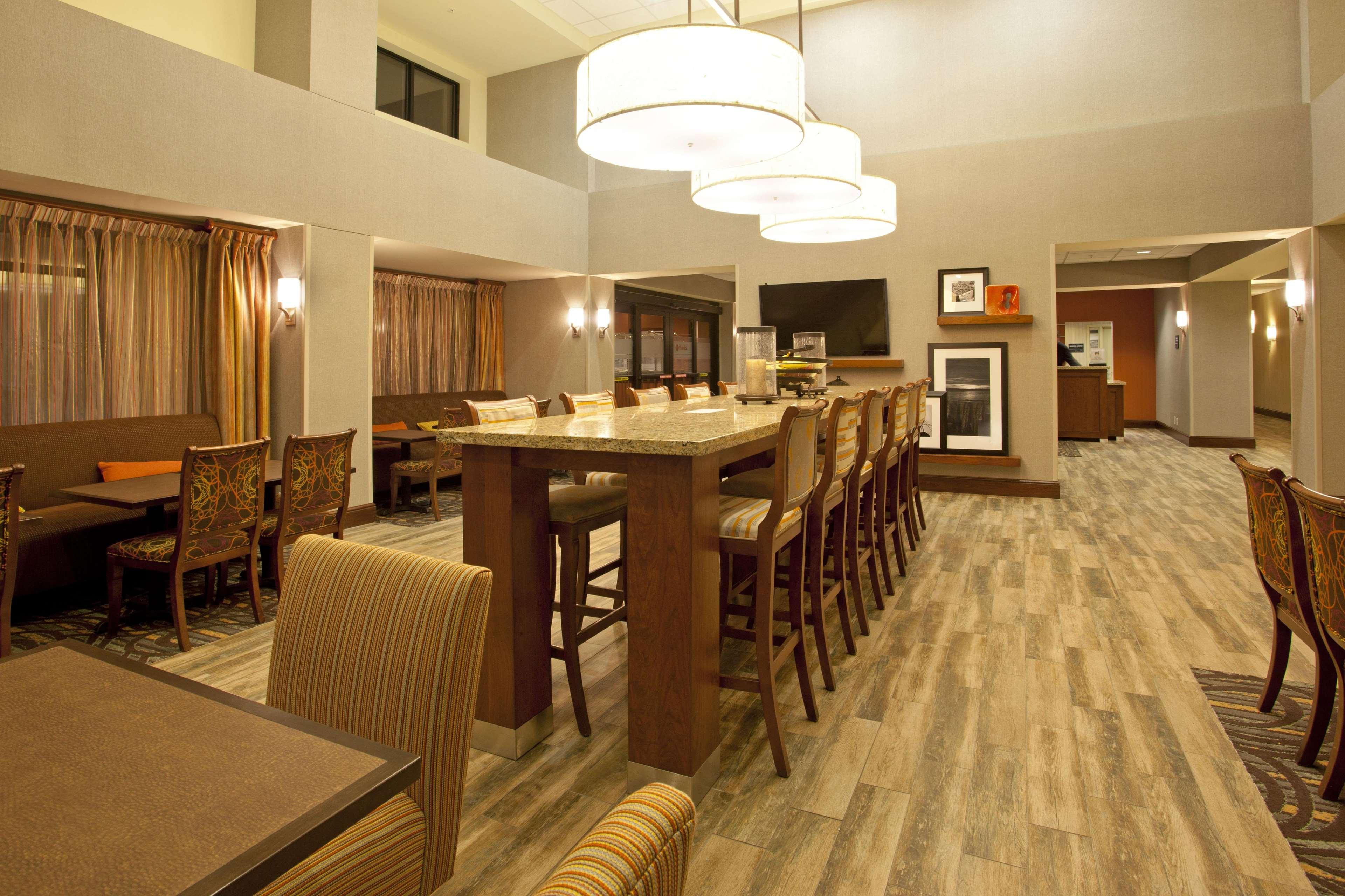 Hampton Inn Suites Minneapolis St Paul Arpt-Mall of America