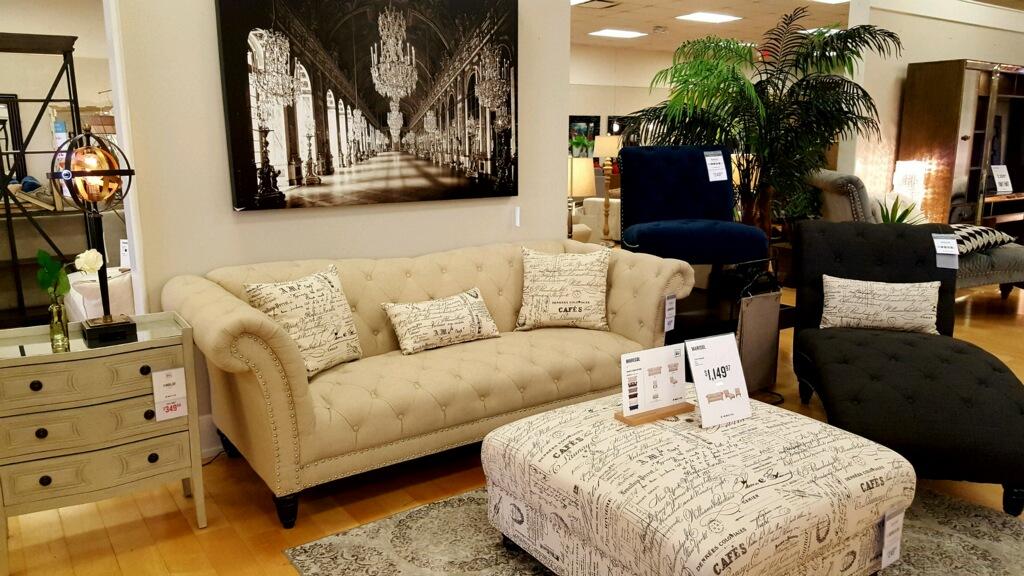 American Signature Furniture image 7