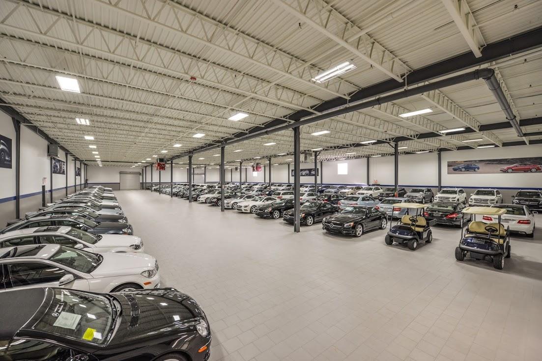 Mercedes-Benz of Rockville Centre image 9