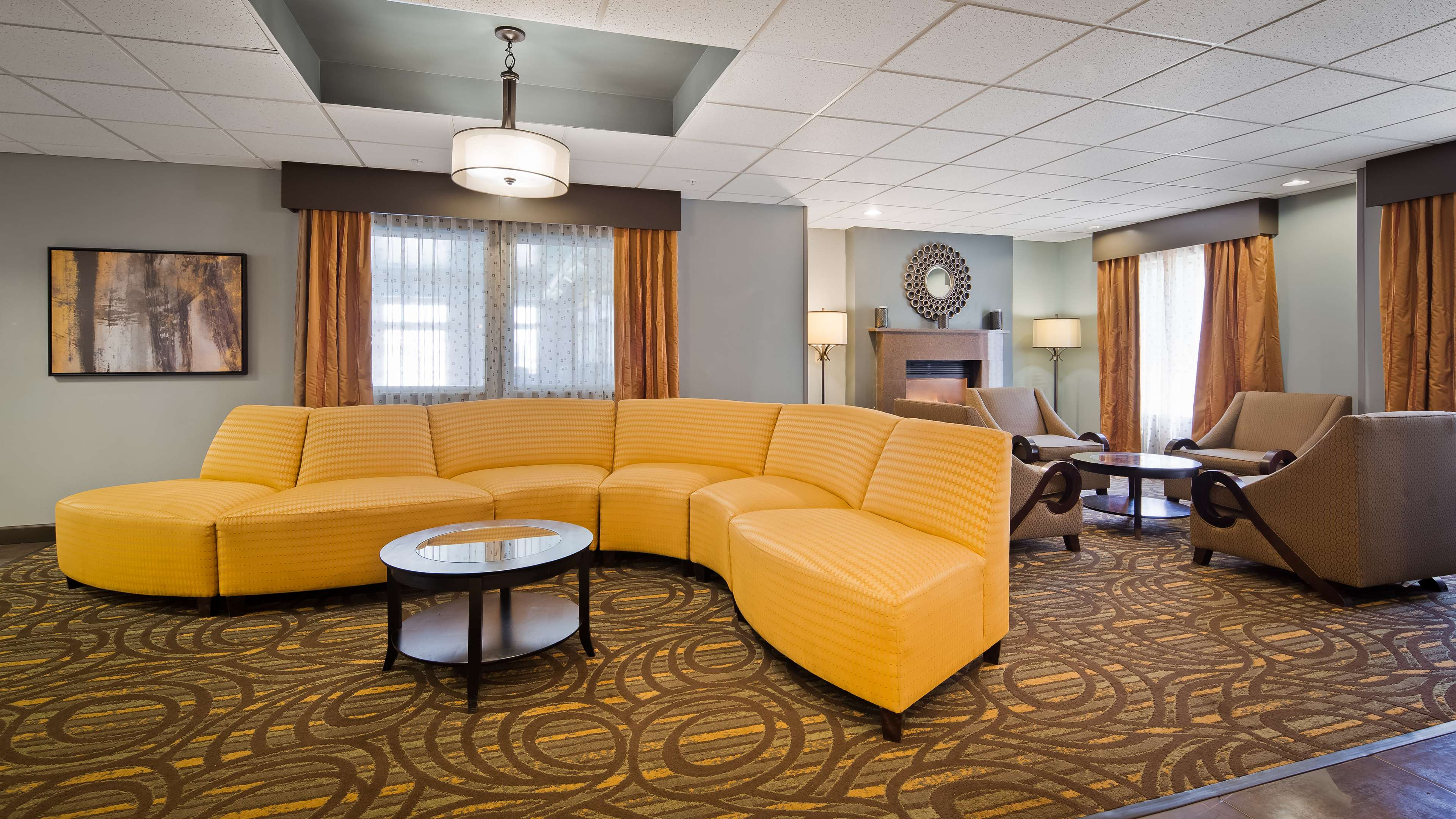 Best Western Plus Coldwater Hotel image 4