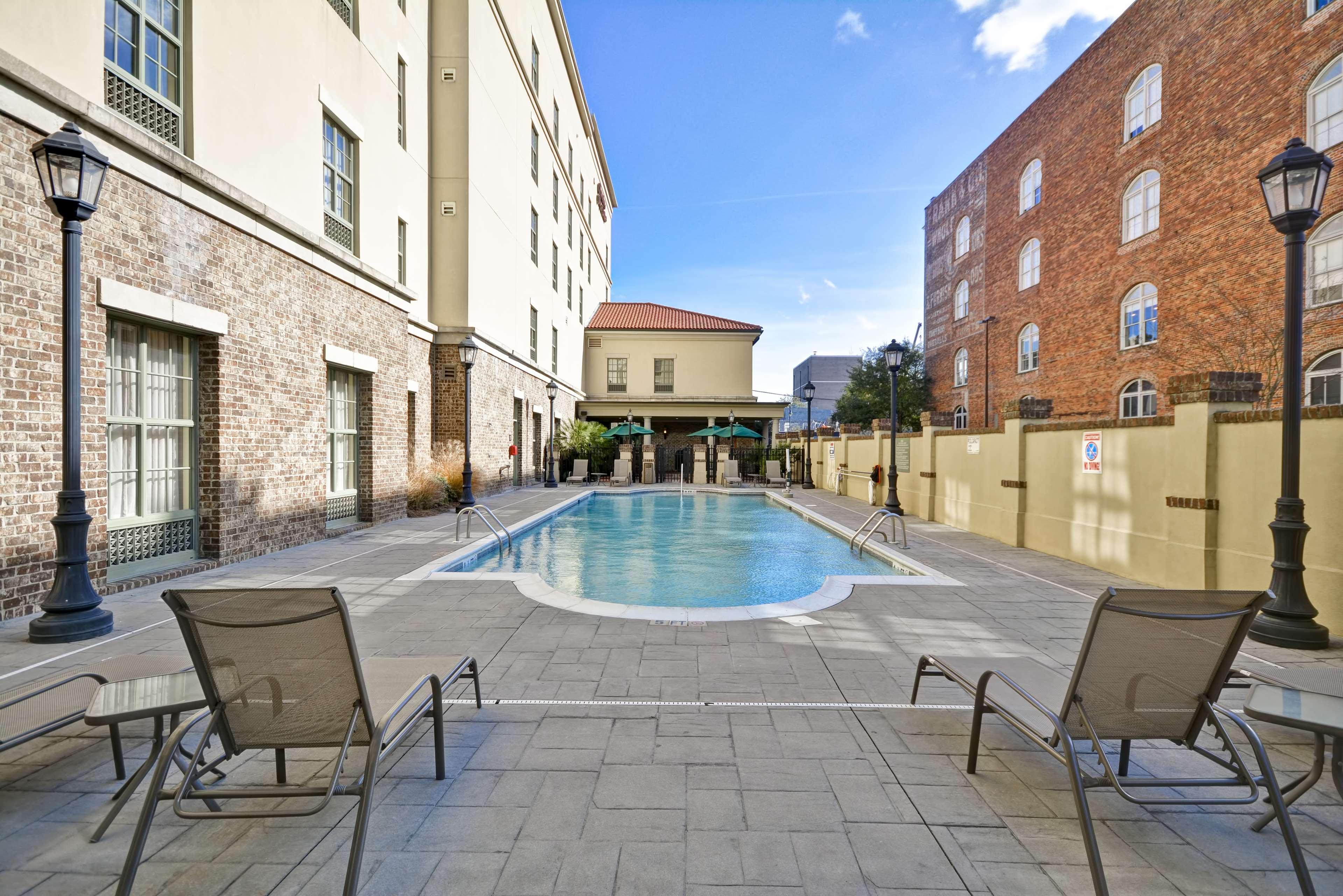 Hampton Inn & Suites Savannah Historic District image 14