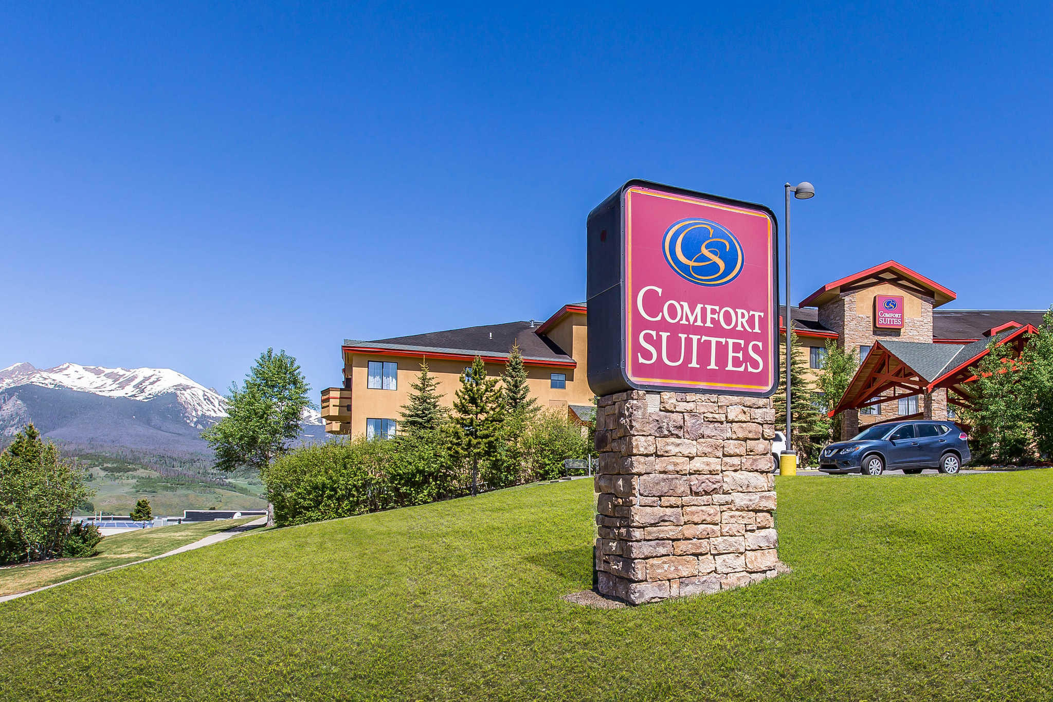 Comfort Suites Summit County image 1