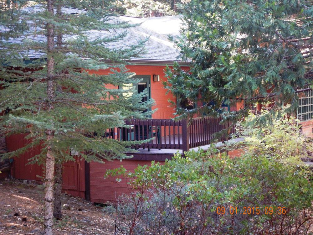 Mount shasta resort in mount shasta ca 800 958 3 for Lake siskiyou resort cabins