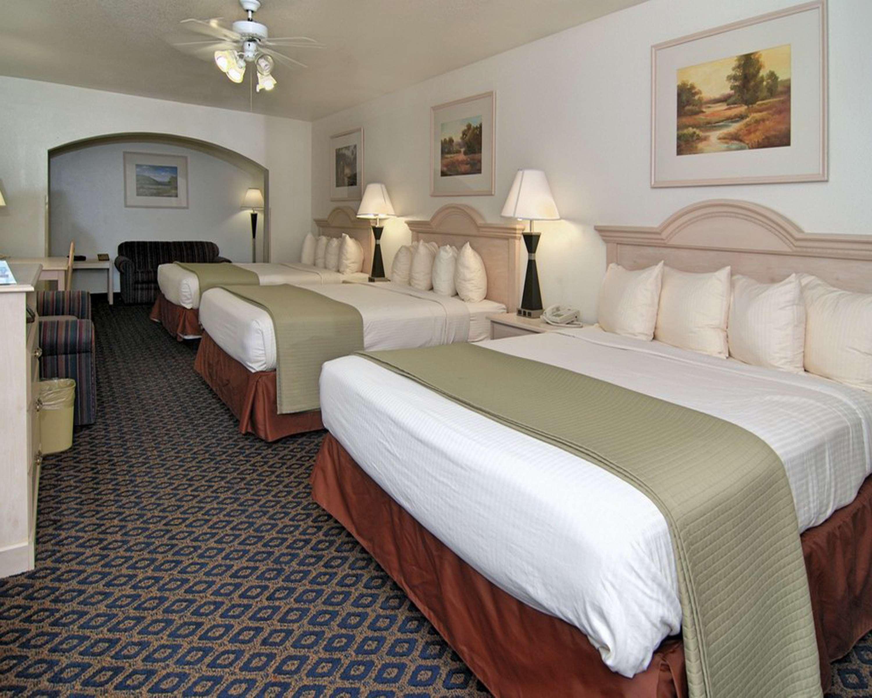 SureStay Hotel by Best Western Falfurrias image 33