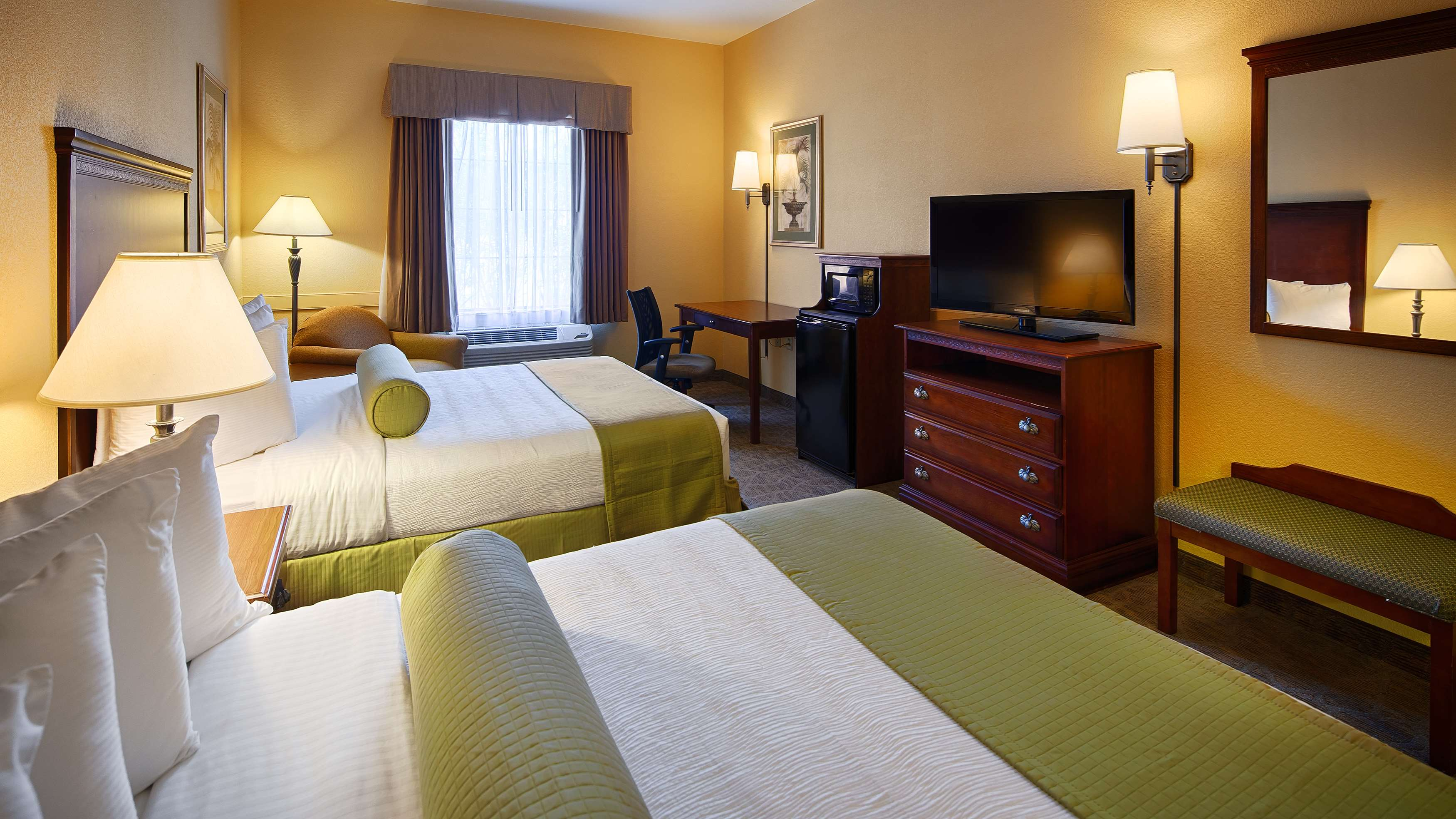 Best Western Plus Executive Hotel & Suites image 21