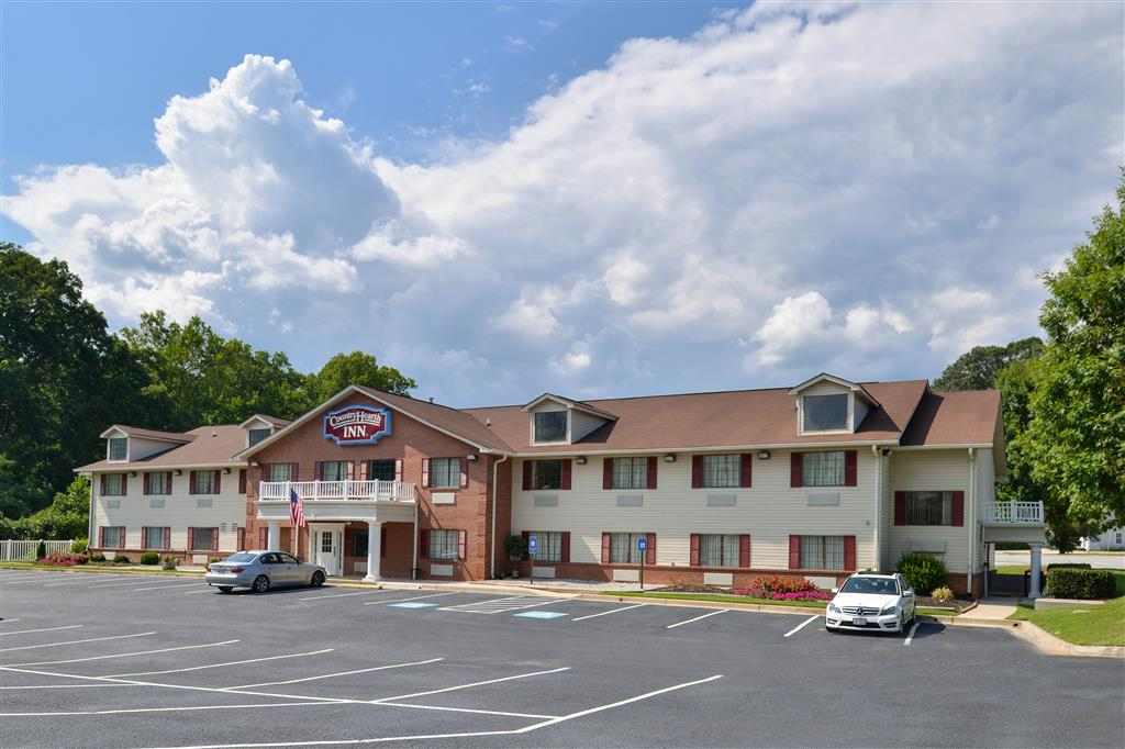 Country Hearth Inn & Suites - Toccoa image 2