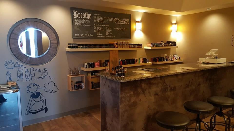 Breathe Vape Lounge image 0