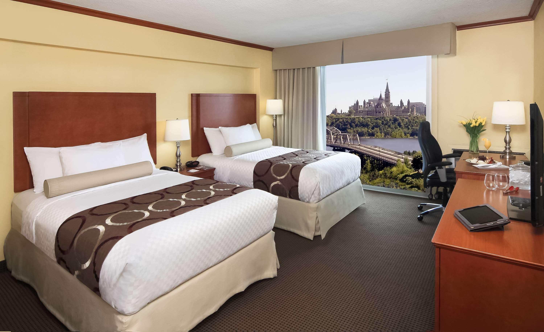 Best Western Plus Gatineau-Ottawa à Gatineau: 2 Double Beds Guest Room Parliament View