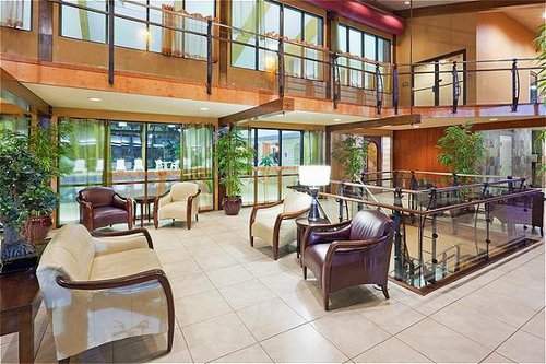 Holiday Inn Cape Cod - Hyannis image 3