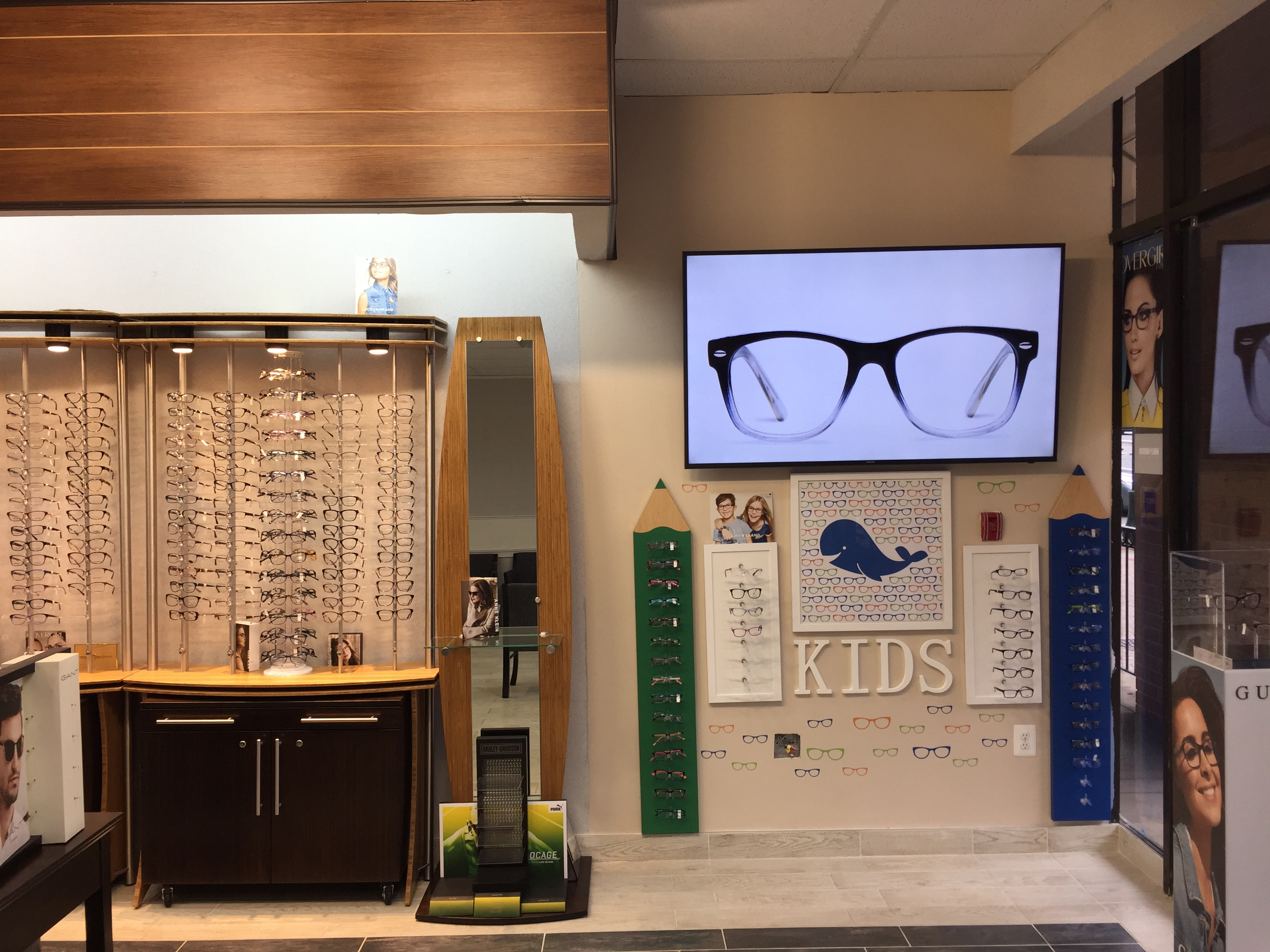 American Optical And Contact Lenses image 5