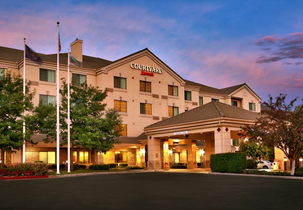 Courtyard by Marriott Provo image 1