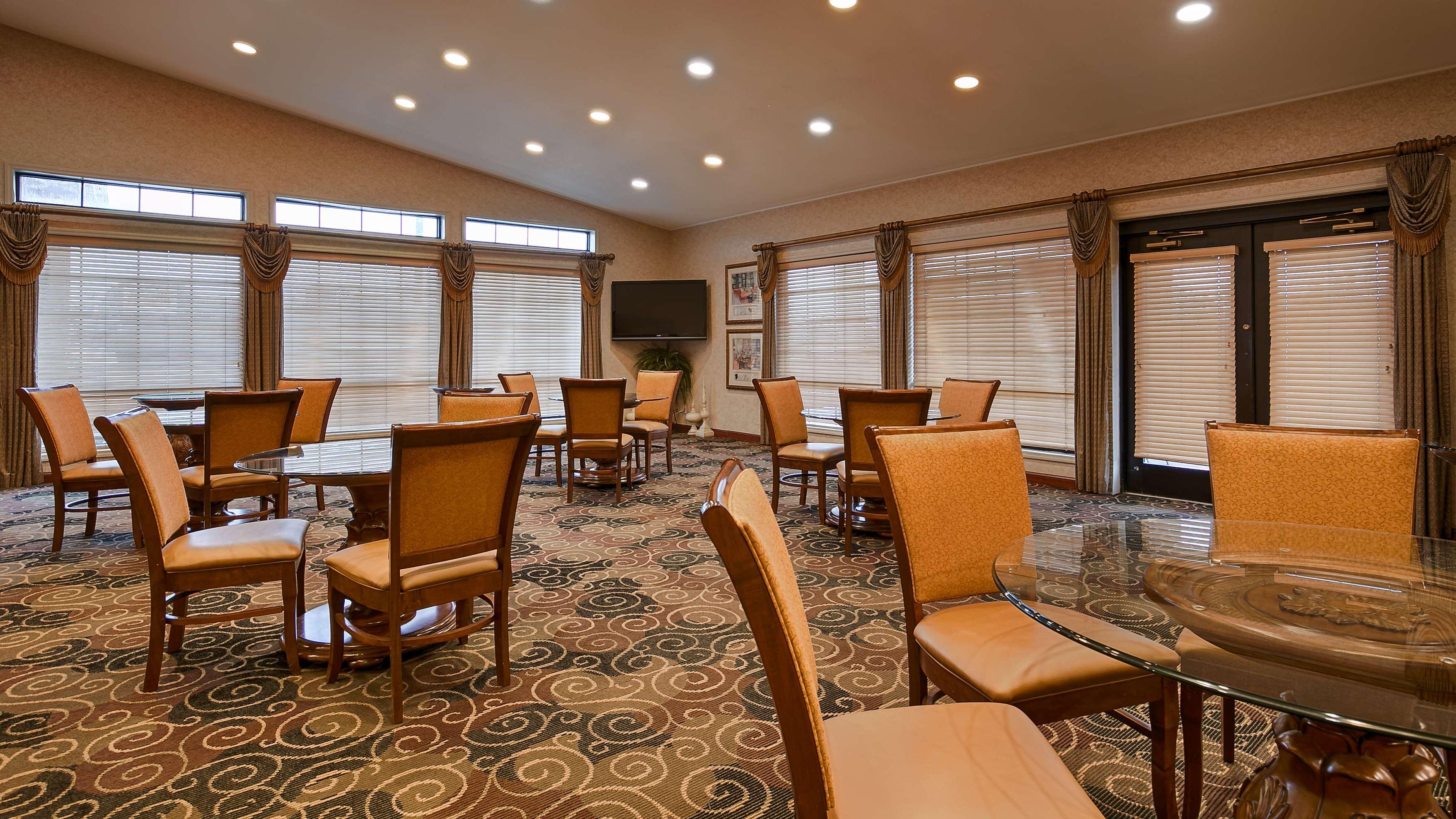 Best Western Plus Bessemer Hotel & Suites image 36