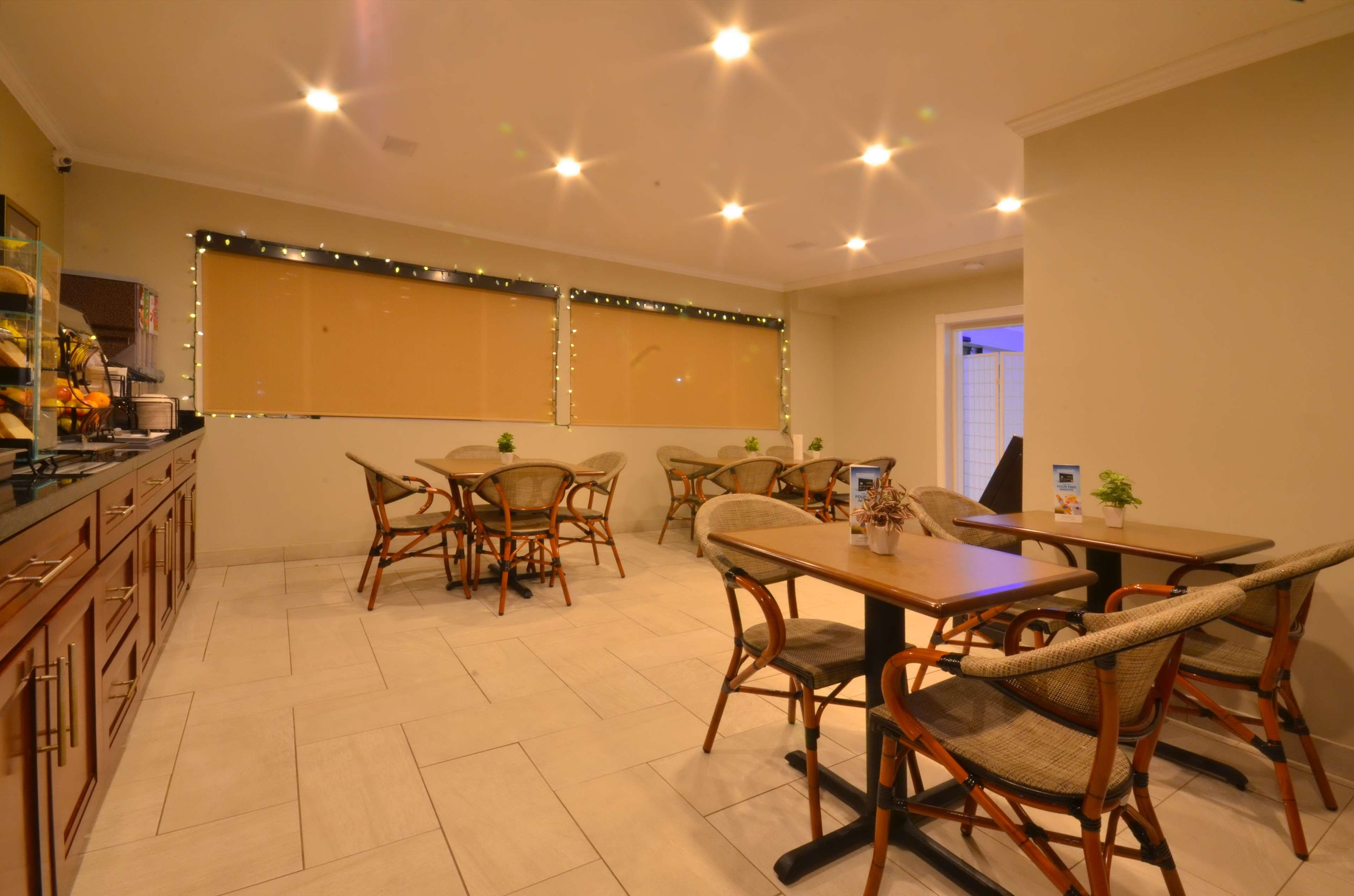 Best Western The Inn & Suites Pacific Grove image 7