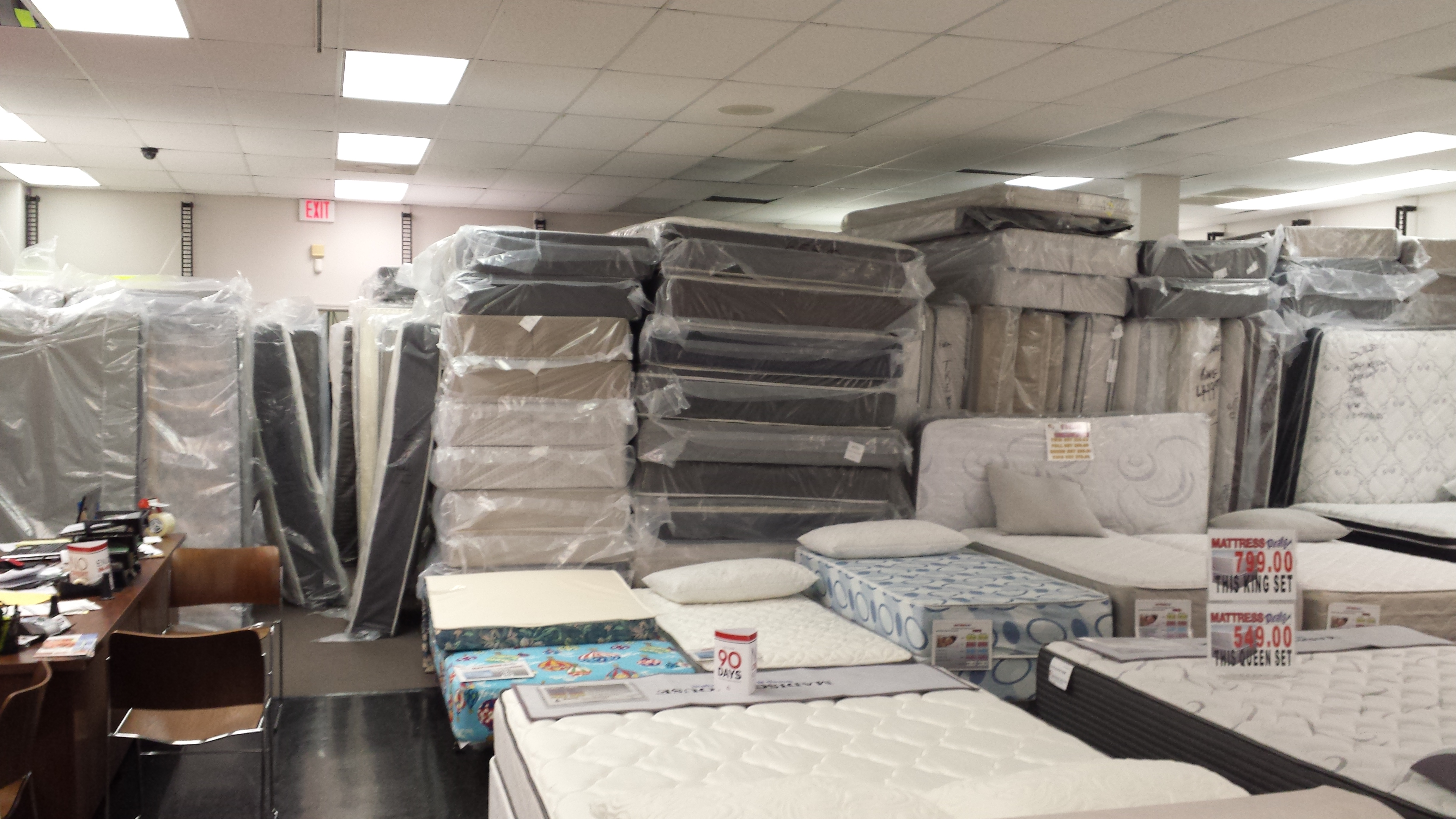 Mattress Deals image 40