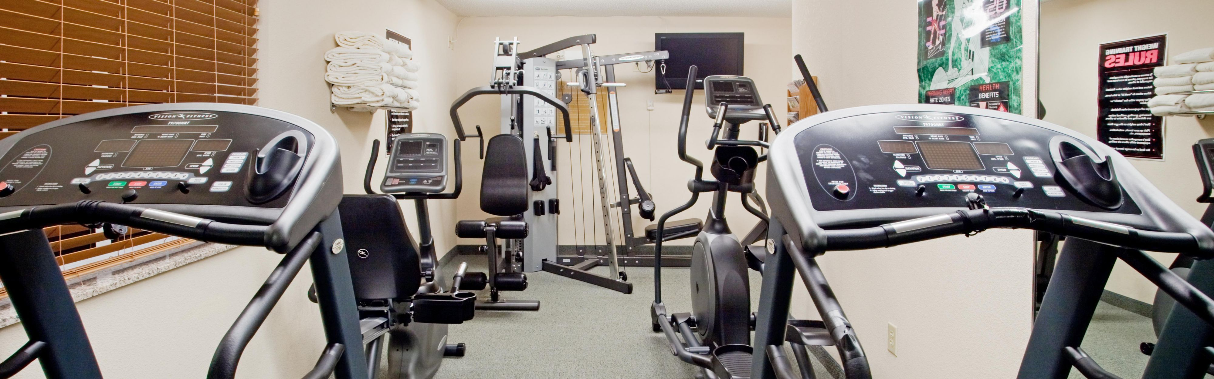 Candlewood Suites Colonial Heights-Ft Lee image 2