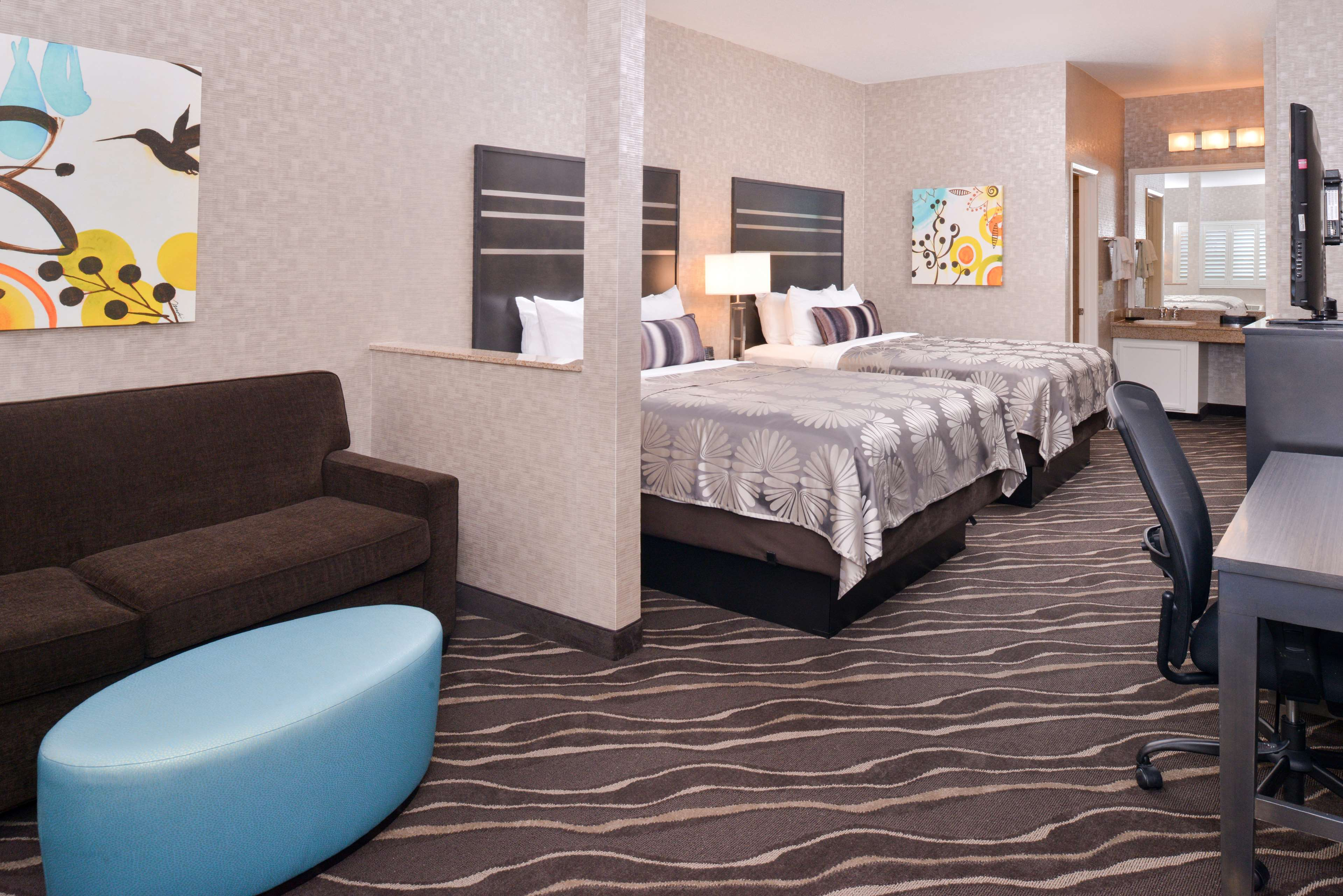 Best Western Plus Park Place Inn - Mini Suites image 17